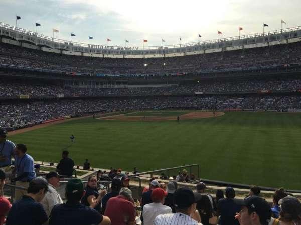 Yankee Stadium, secção: 202, fila: 10, lugar: 23