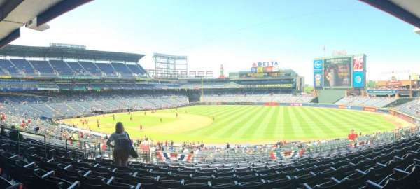 Turner Field, secção: 219, fila: 11, lugar: 8