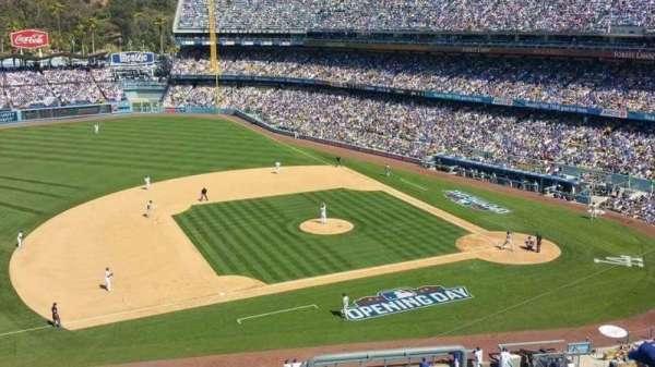 Dodger Stadium, secção: 23RS, fila: T, lugar: 4