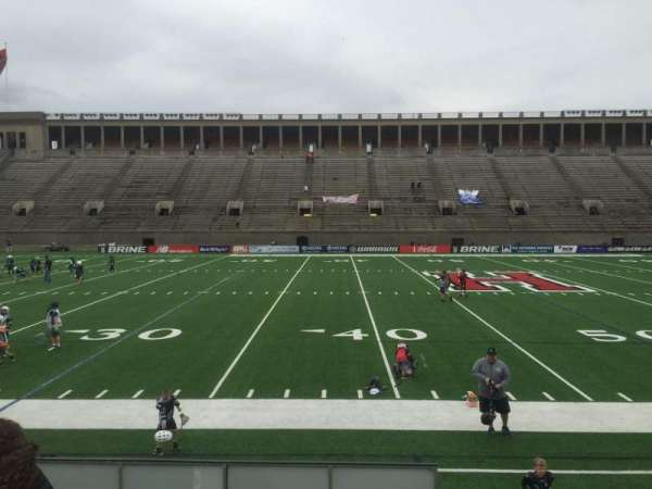 Harvard Stadium, secção: 32, fila: O, lugar: 12