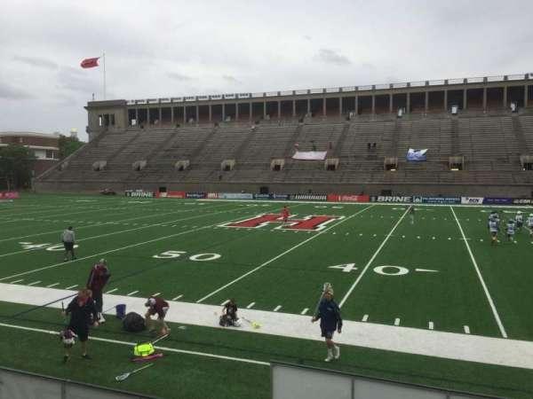 Harvard Stadium, secção: 30, fila: O, lugar: 6