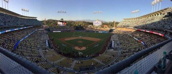 Dodger Stadium, secção: 1RS, fila: A, lugar: 12