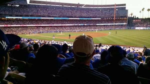Dodger Stadium, secção: 38fd, fila: v, lugar: 7