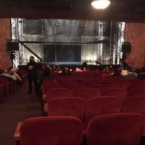 August Wilson Theatre, secção: Orchestra C, fila: V, lugar: 115