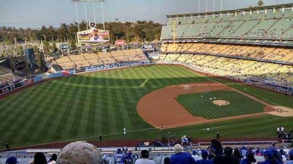 Dodger Stadium, secção: 23RS, fila: T, lugar: 20