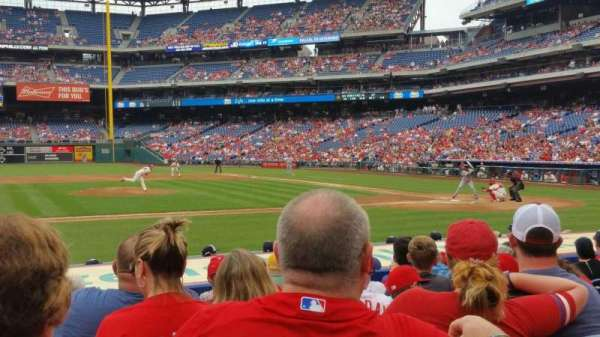 Citizens Bank Park, secção: 130, fila: 9, lugar: 17