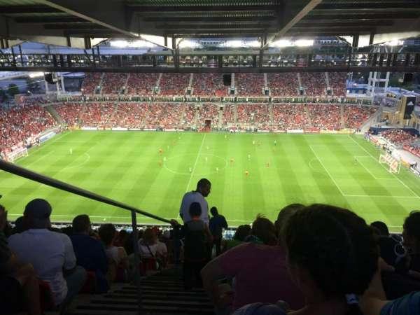 BMO Field, secção: 206, fila: 35, lugar: 30