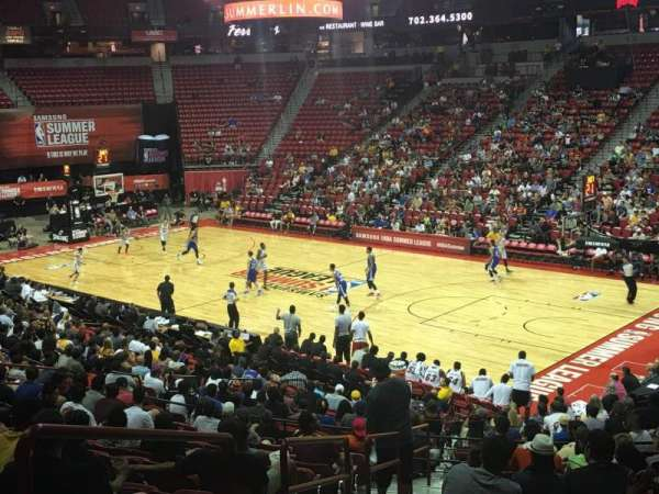 Thomas & Mack Center, secção: 114, fila: Q, lugar: 20