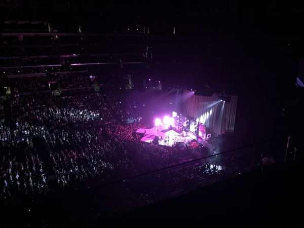 Staples Center, secção: 301, fila: 2, lugar: 21