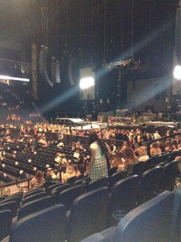 Bridgestone Arena, secção: 105, fila: Kk, lugar: 8