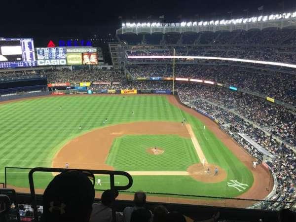Yankee Stadium, secção: 423, fila: 5, lugar: 20