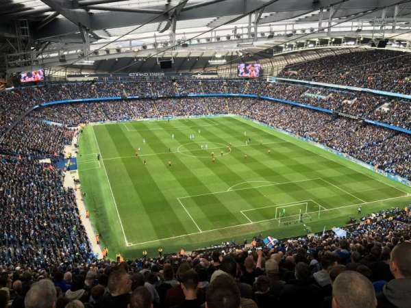Etihad Stadium (Manchester), secção: 318, fila: GG, lugar: 494