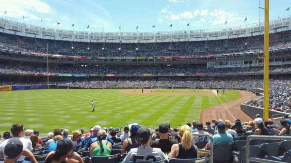 Yankee Stadium, secção: 133, fila: 12, lugar: 4