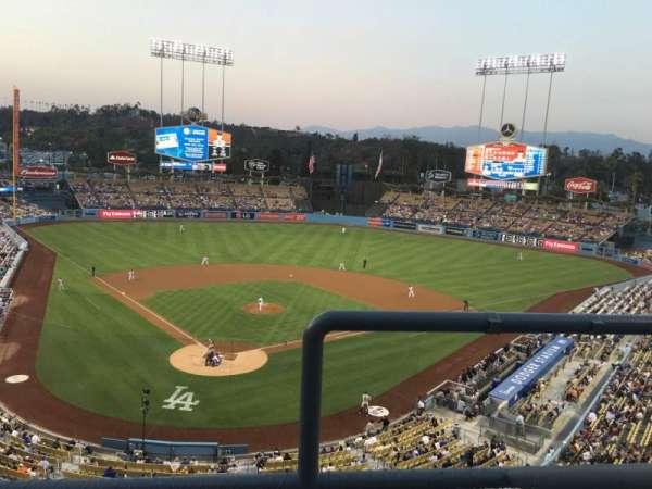 Dodger Stadium, secção: 2RS, fila: B, lugar: 19