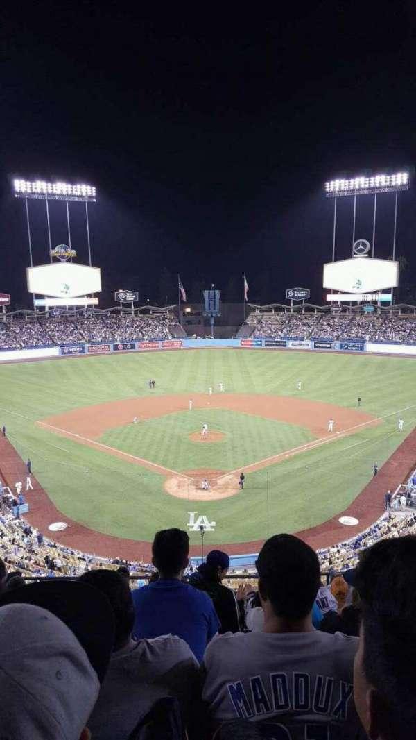 Dodger Stadium, secção: 1RS, fila: K, lugar: 8