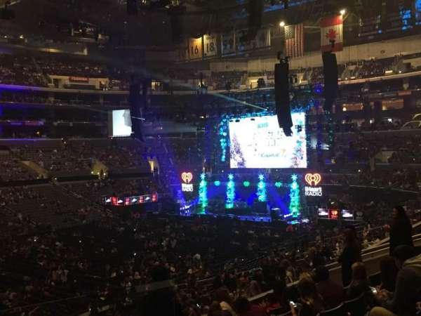 Staples Center, secção: PR8, fila: 8, lugar: 1