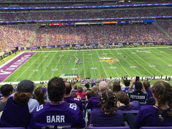 U.S. Bank Stadium, secção: C9, fila: 9, lugar: 8