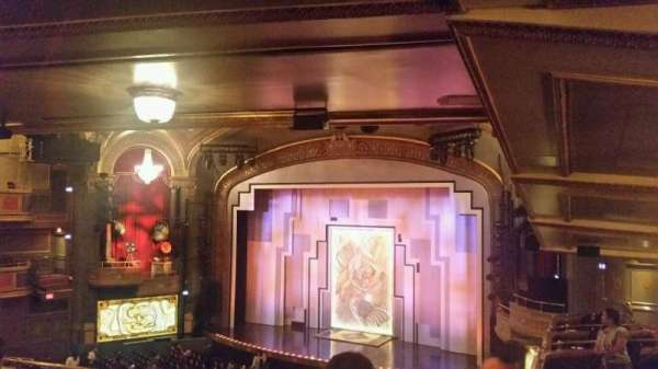 Lyric Theatre, secção: DIRCIR, fila: F, lugar: 30