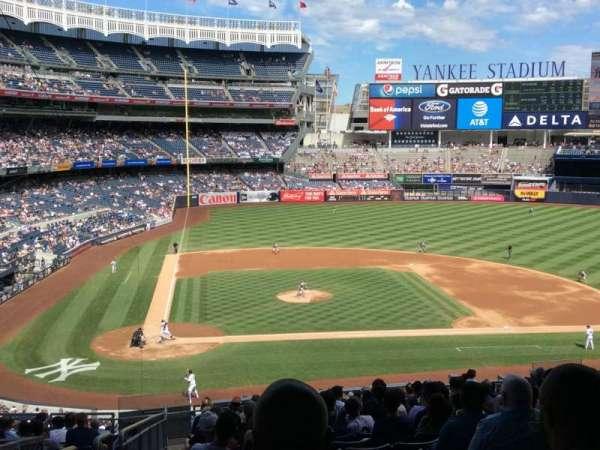 Yankee Stadium, secção: 217, fila: 19, lugar: 20