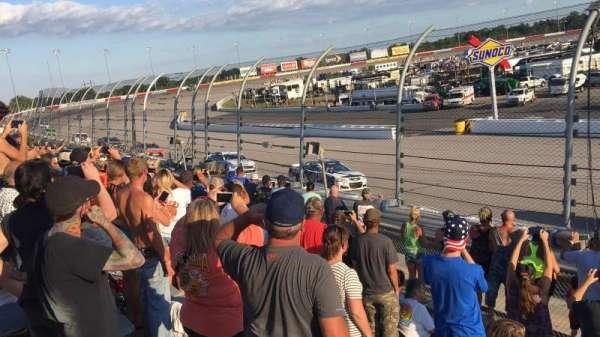Darlington Raceway, secção: Colvin V, fila: 12, lugar: 8