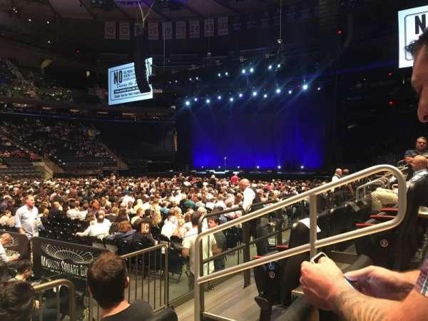 Madison Square Garden, secção: 106, fila: 3, lugar: 15