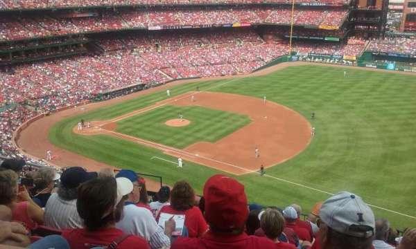 Busch Stadium, secção: 339, fila: 9, lugar: 8