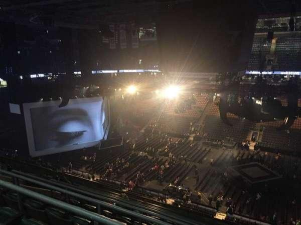 Scotiabank Arena, secção: 308, fila: 10, lugar: 14