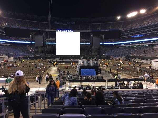 MetLife Stadium, secção: 126, fila: 15, lugar: 25,26