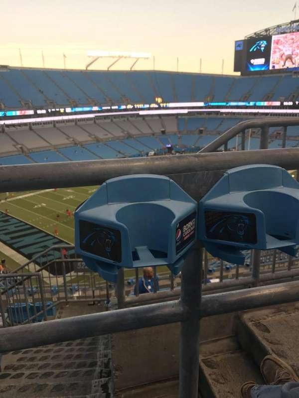 Bank of America Stadium, secção: 522, fila: 5, lugar: 1