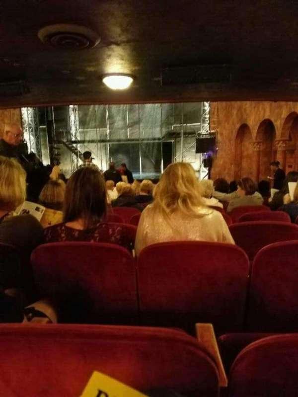 August Wilson Theatre, secção: Orchestra R, fila: w, lugar: 6
