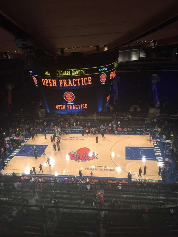 Madison Square Garden, secção: 314, fila: BS, lugar: 3