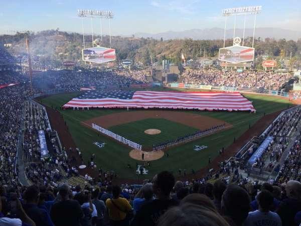Dodger Stadium, secção: 2RS, fila: R, lugar: 1