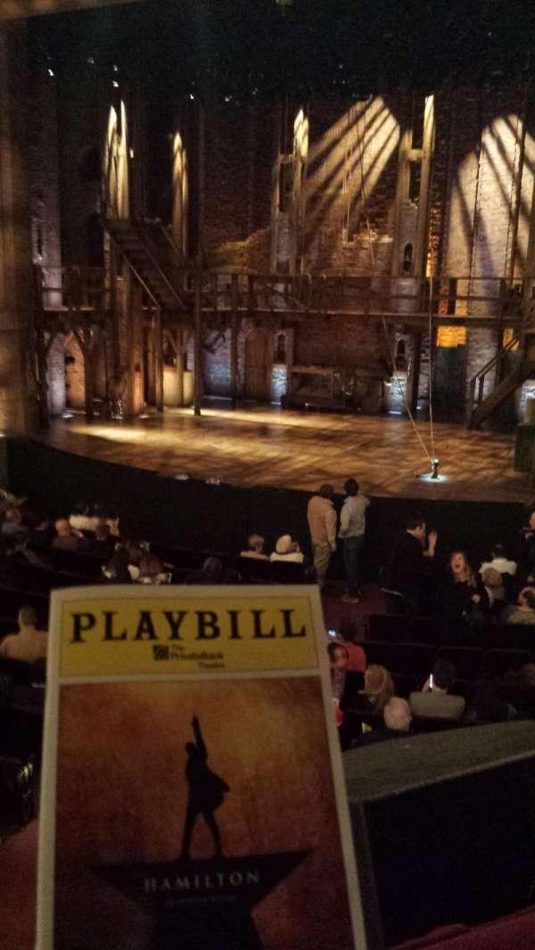 CIBC Theatre, secção: DRESS CIRCLE R, fila: A, lugar: 2