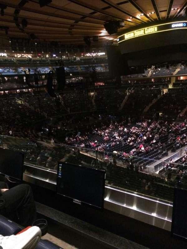 Madison Square Garden, secção: 226, fila: 2, lugar: 6