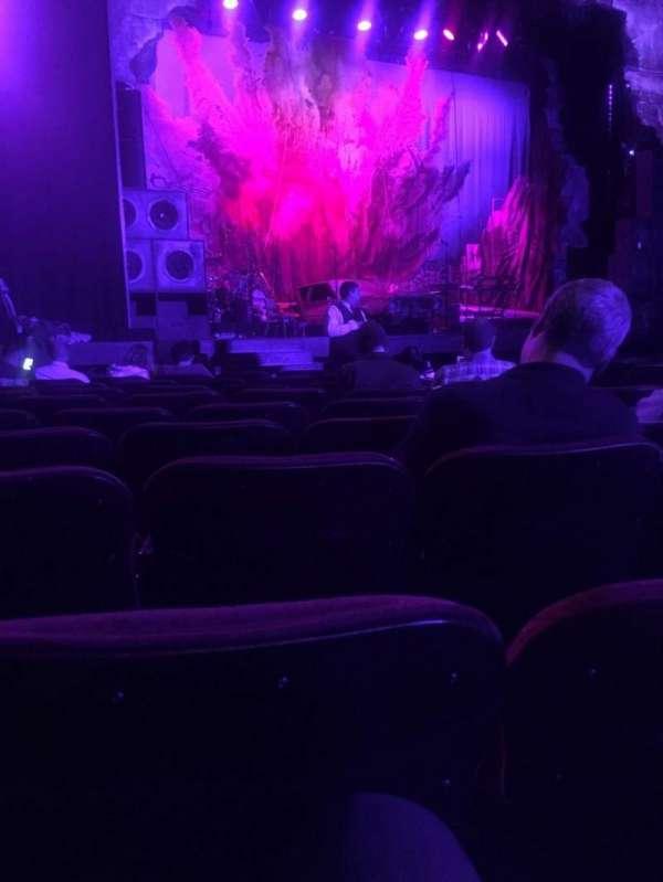 Hollywood Pantages Theatre, secção: Orchestra LC, fila: J, lugar: 305