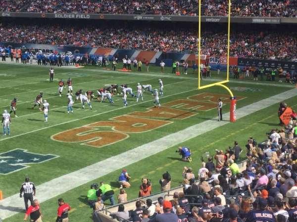 Soldier Field, secção: 228, fila: 3, lugar: 9