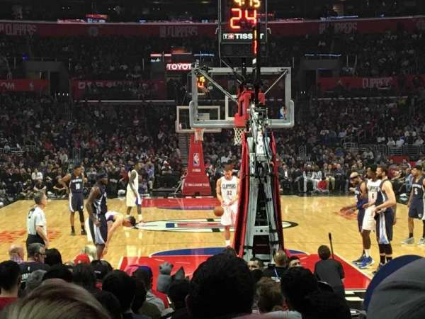Staples Center, secção: 116, fila: 4, lugar: 1