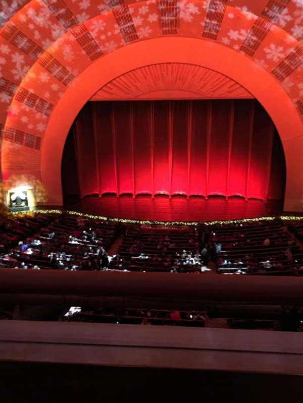 Radio City Music Hall, secção: 2nd Mezzanine 4, fila: A, lugar: 402