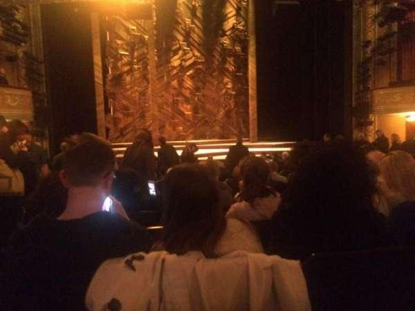 Bernard B. Jacobs Theatre, secção: Orchestra C, fila: O, lugar: 115