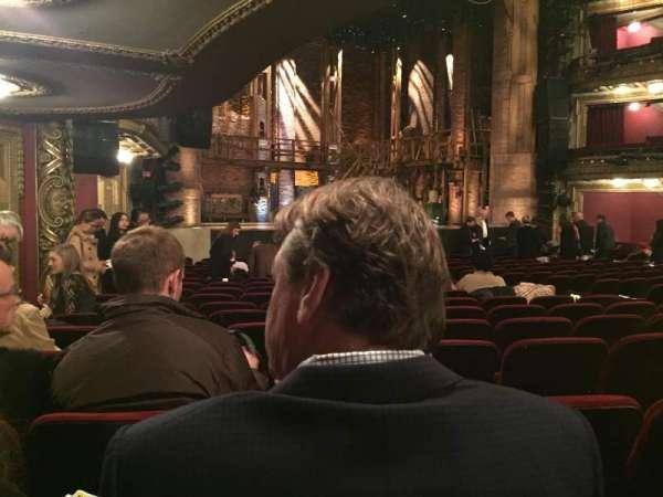 CIBC Theatre, secção: Orchestra L, fila: S, lugar: 17