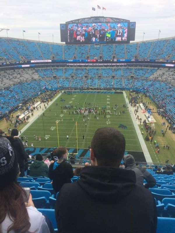 Bank of America Stadium, secção: 527, fila: 17, lugar: 21