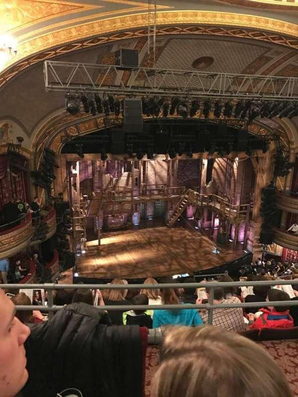 Richard Rodgers Theatre, secção: Rear Mezzanine L, fila: H, lugar: 13