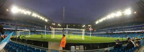 Etihad Stadium (Manchester), secção: 115, fila: A, lugar: 409