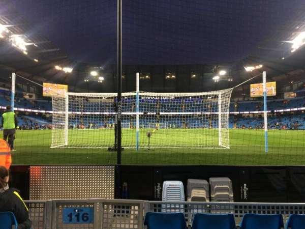 Etihad Stadium (Manchester), secção: 115, fila: B, lugar: 409