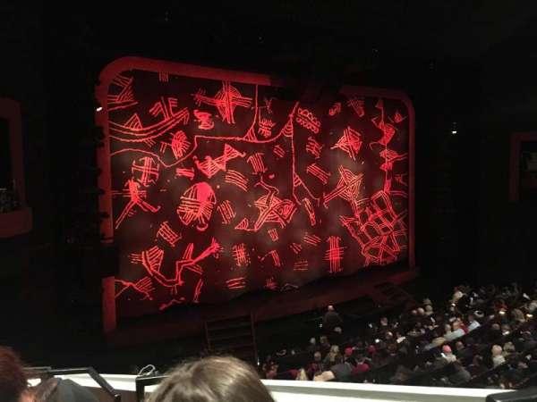 Minskoff Theatre, secção: Mezzanine, fila: DD, lugar: 1