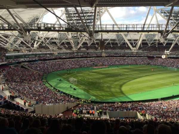 London Stadium, secção: 229, fila: 69, lugar: 664