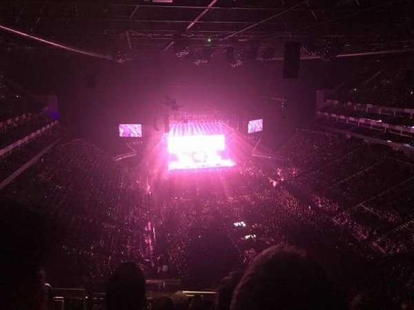 The O2 Arena, secção: 410, fila: N, lugar: 686