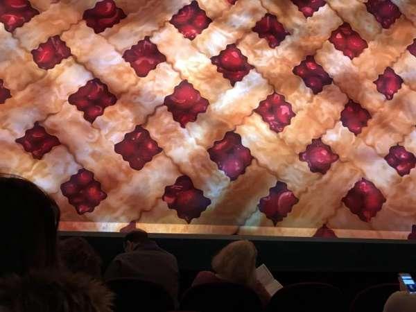 Brooks Atkinson Theatre, secção: Orchestra C, fila: B, lugar: 106