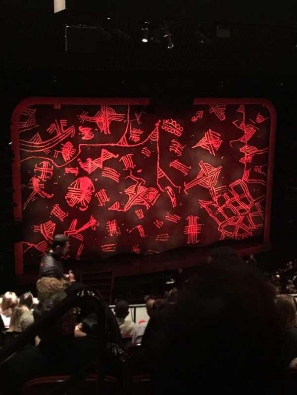 Minskoff Theatre, secção: Mezzanine, fila: G, lugar: 101