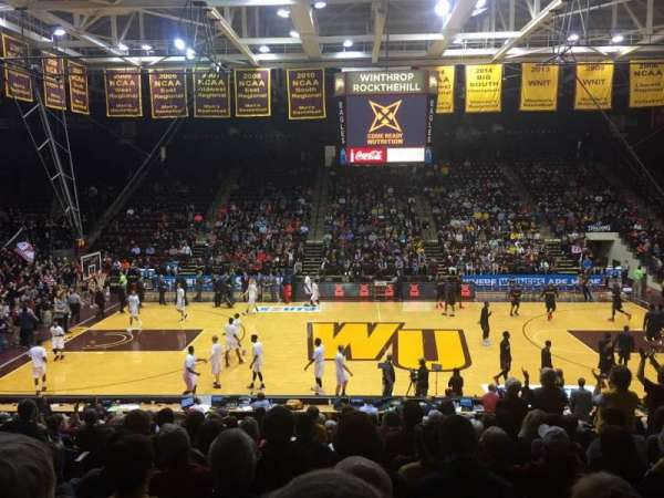 Winthrop Coliseum, secção: 123, fila: Q, lugar: 10
